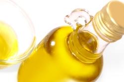 basics-3-fats-olive-oil-250