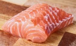 basics-3-fats-salmon-250